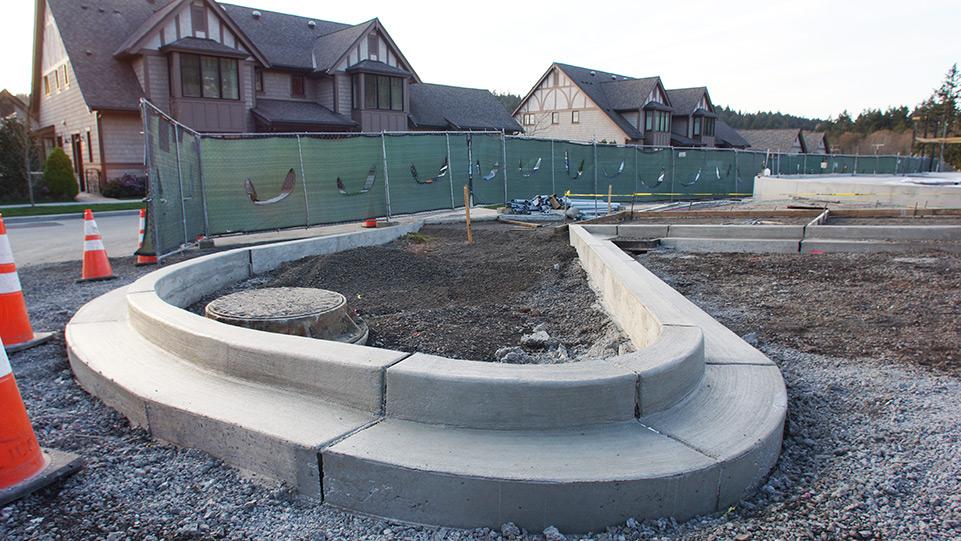 Pool at Pleasant Beach, Coast to Coast Concrete Construction building curbs